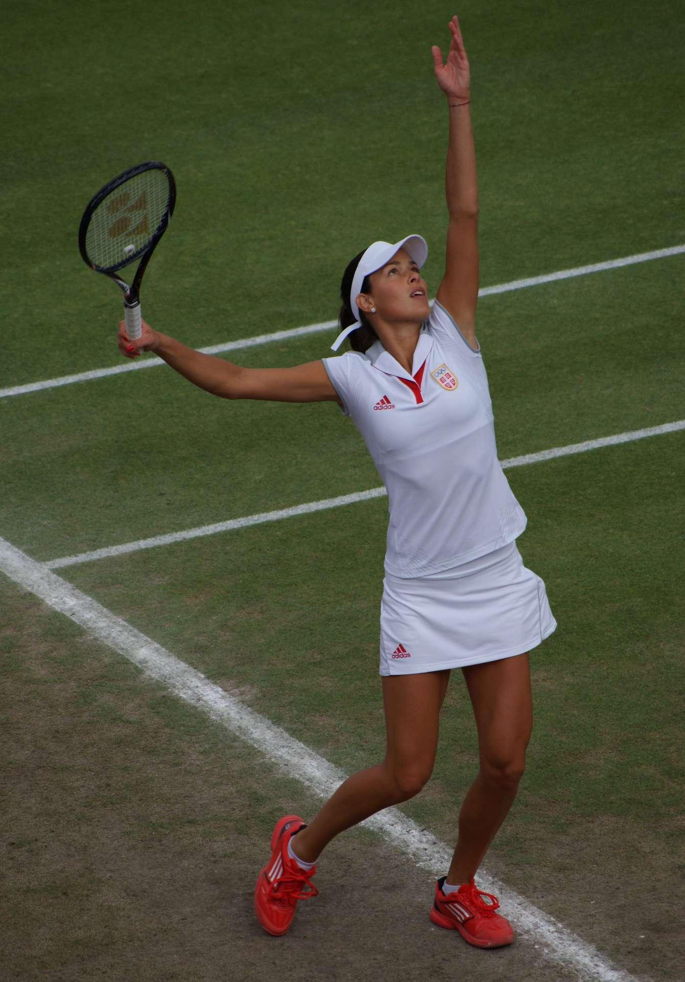 Ana Invanovic playing tennis