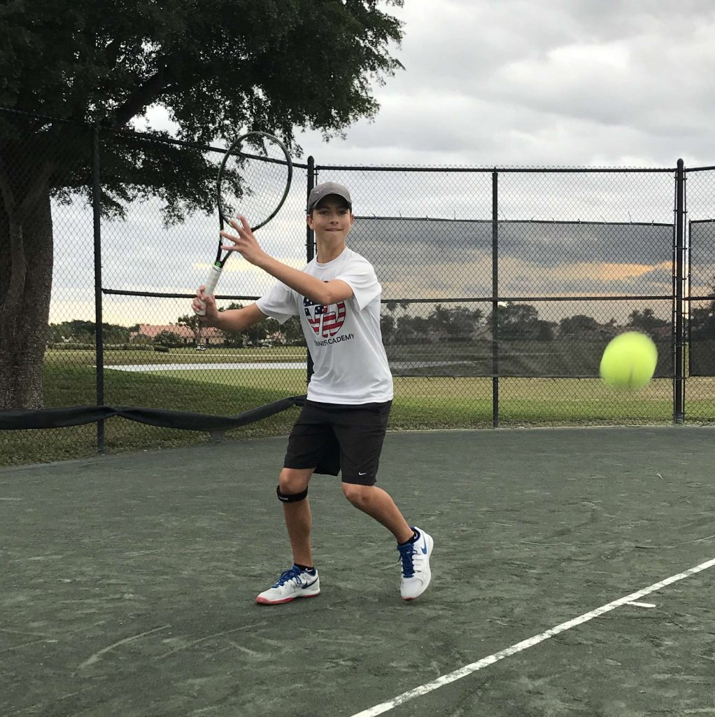 FM Tennis junior tennis lessons